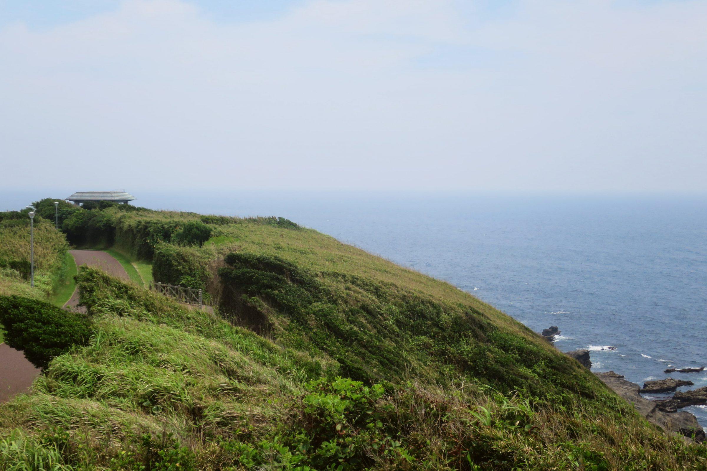 城之島景點一日遊:三崎口、安房埼燈塔、馬の背洞門、新鮮海鮮丼
