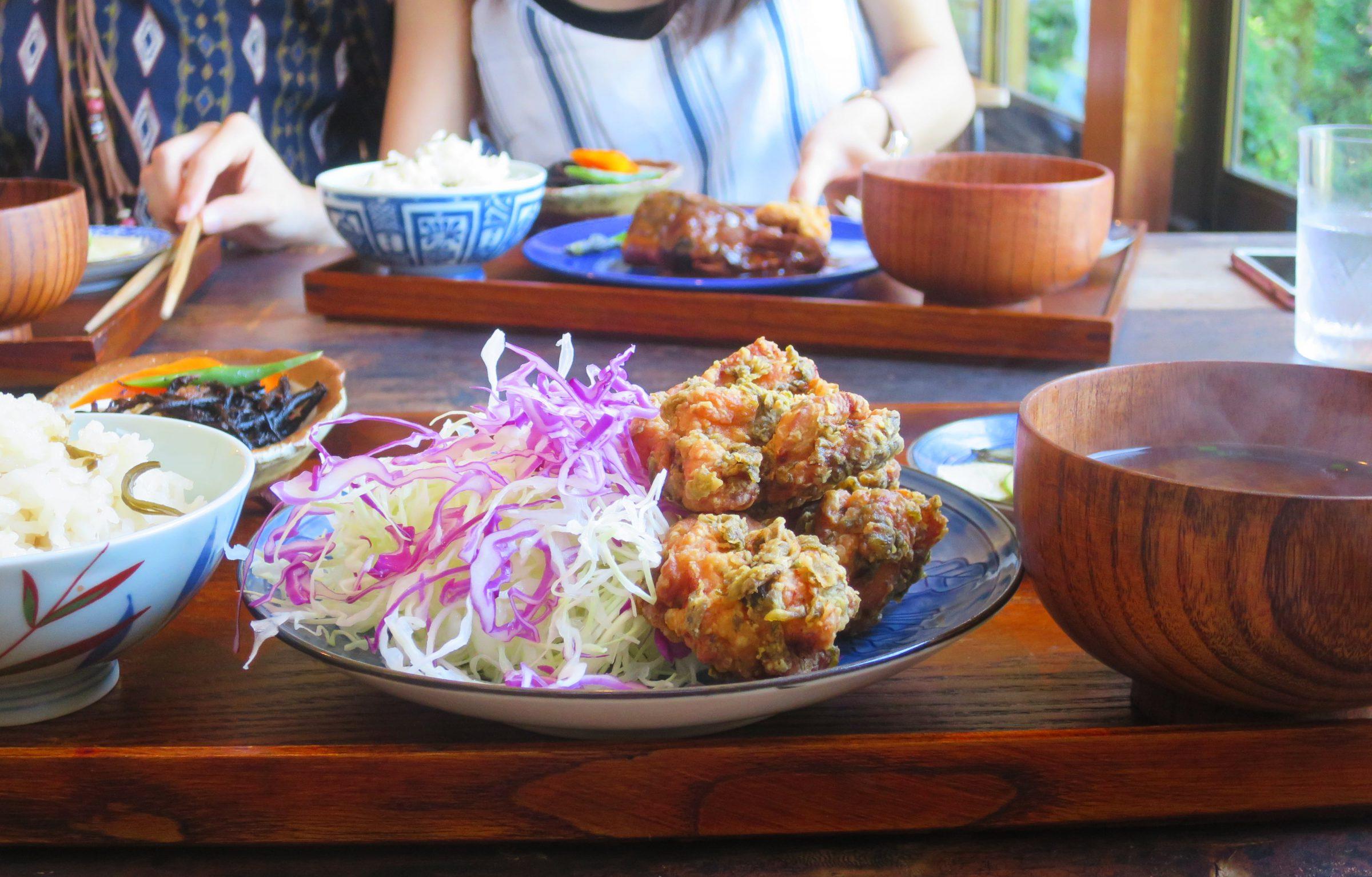 江之島美食|大正年間古民家改建!咖啡+定食「㠀舎Tousha」