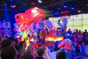 【東京新宿】歌舞伎町機器人餐廳!實際走訪精彩歌舞聲光秀