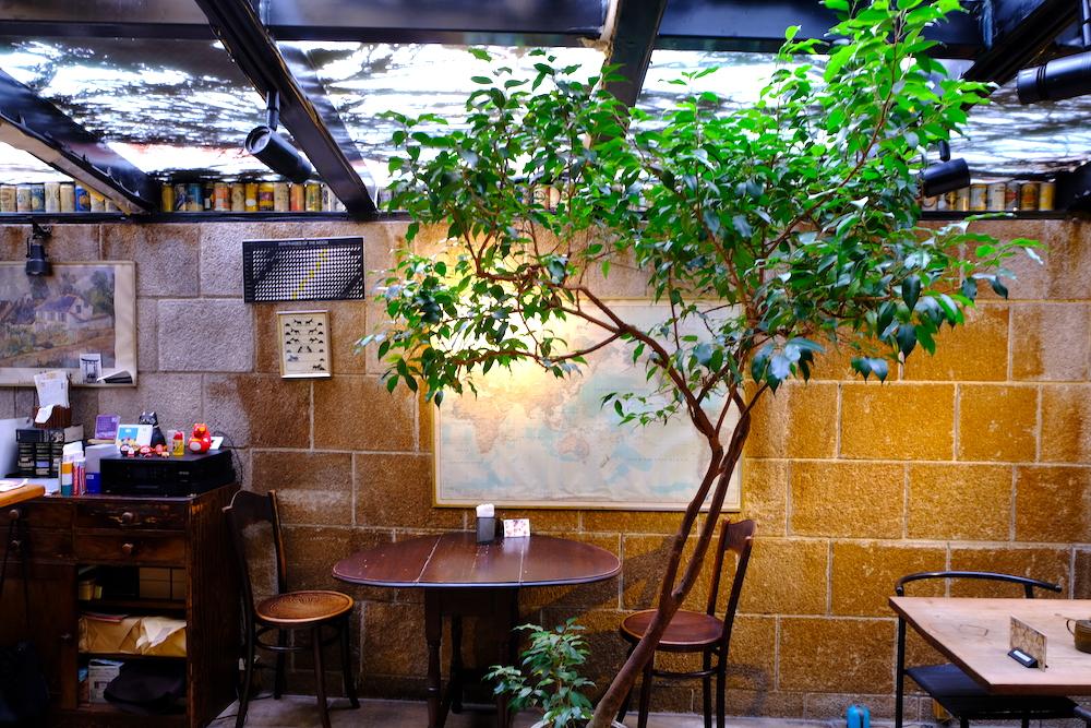 東京巷弄散步:外苑前「J-COOK」藏身巷弄33年的老派咖啡館
