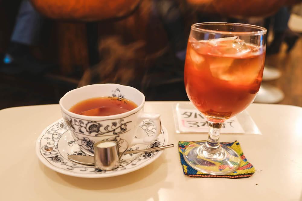 虎之門老式咖啡館「ヘッケルン」冰咖啡 熱紅茶