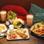 鹿境早午餐 Arrival Brunch & Cafe 餐點 咔啦雞腿大餐盤