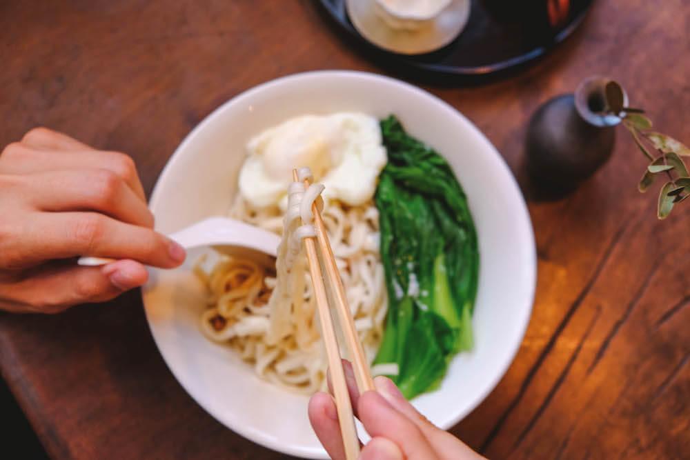 台北東門|復古美學茶屋「小隱茶庵」 特製炸醬麵