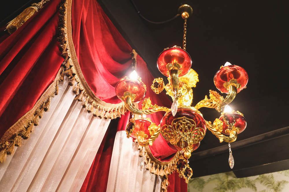 喜園涮涮鍋.林口歐風店|用餐環境 吊燈
