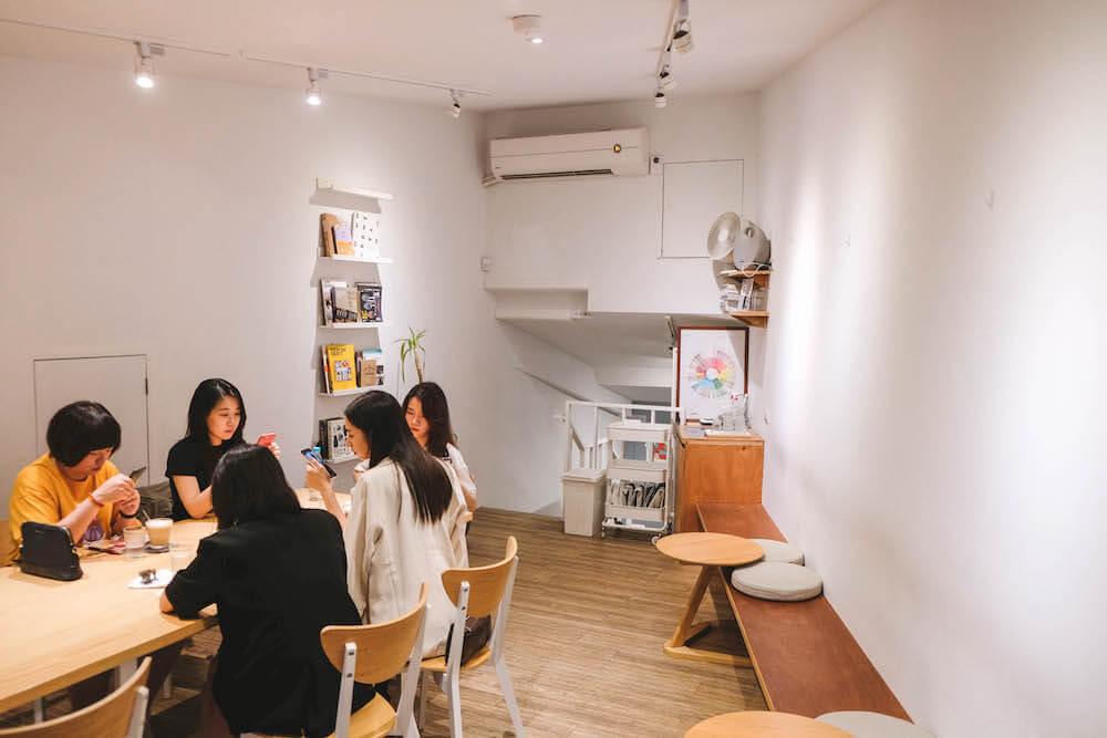 台北北門美食・MKCR山小孩咖啡 在純白咖啡館內品味北門百年歷史記憶