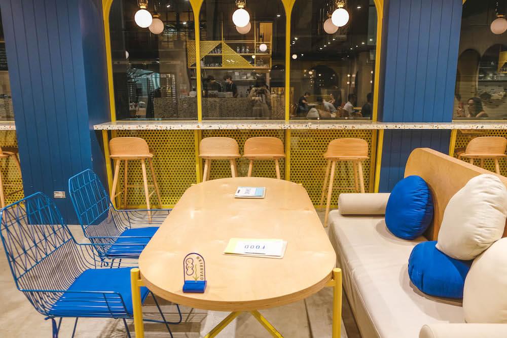 專訪巷弄中的藍黃長頸鹿・台北忠孝新生不限時咖啡廳「GinGin Coffee Company」12