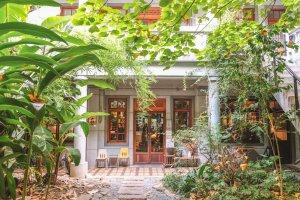 鹹花生咖啡館,鹹花生,孔雀餐酒館,大稻埕 咖啡,迪化街 咖啡,台北 肉桂捲