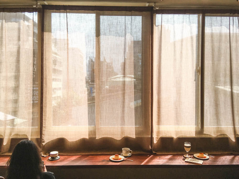 大稻埕迪化街・沙丘|溫柔的午後光影,絕美預約制老宅秘境咖啡店