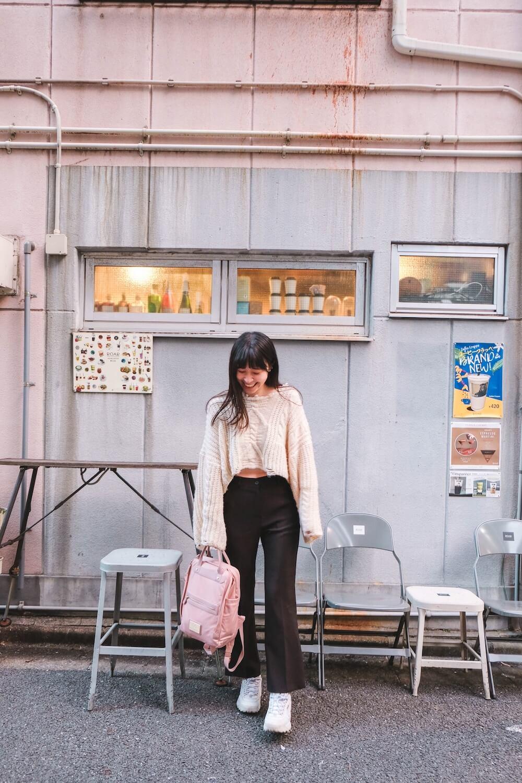 東京八丁堀「Roar coffeehouse Roastery」|街角的彩虹拉花咖啡廳&手烤棉花糖