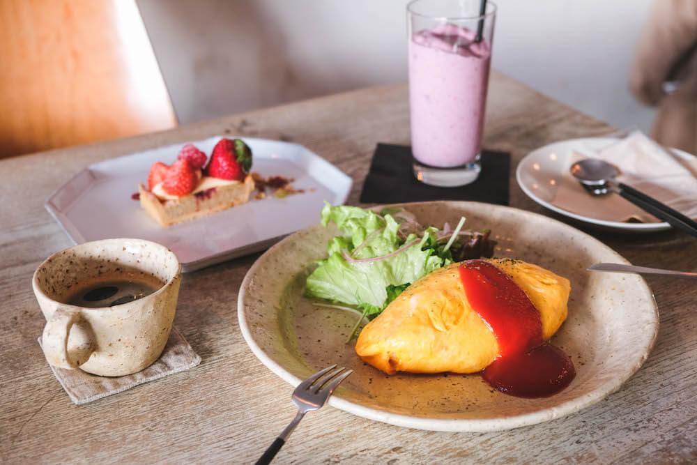 東橫線咖啡廳・祐天寺Torse 藏身巷弄的美味,午後蛋包飯&紫芋草莓奶油塔