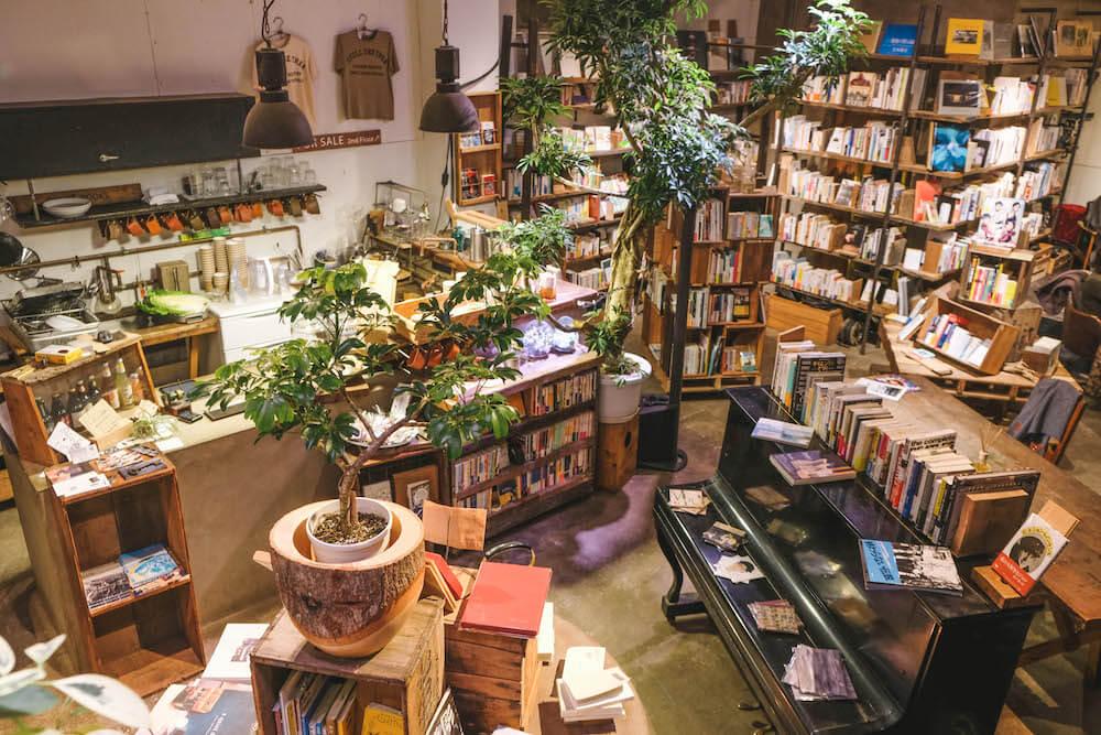 東京上野書店咖啡「ROUTE BOOKS」
