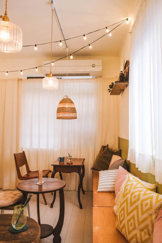 台北六張犁・舒適圈Comfort Zone:焦糖蘋果反轉蛋糕+冰淇淋,巷弄中的質感咖啡廳