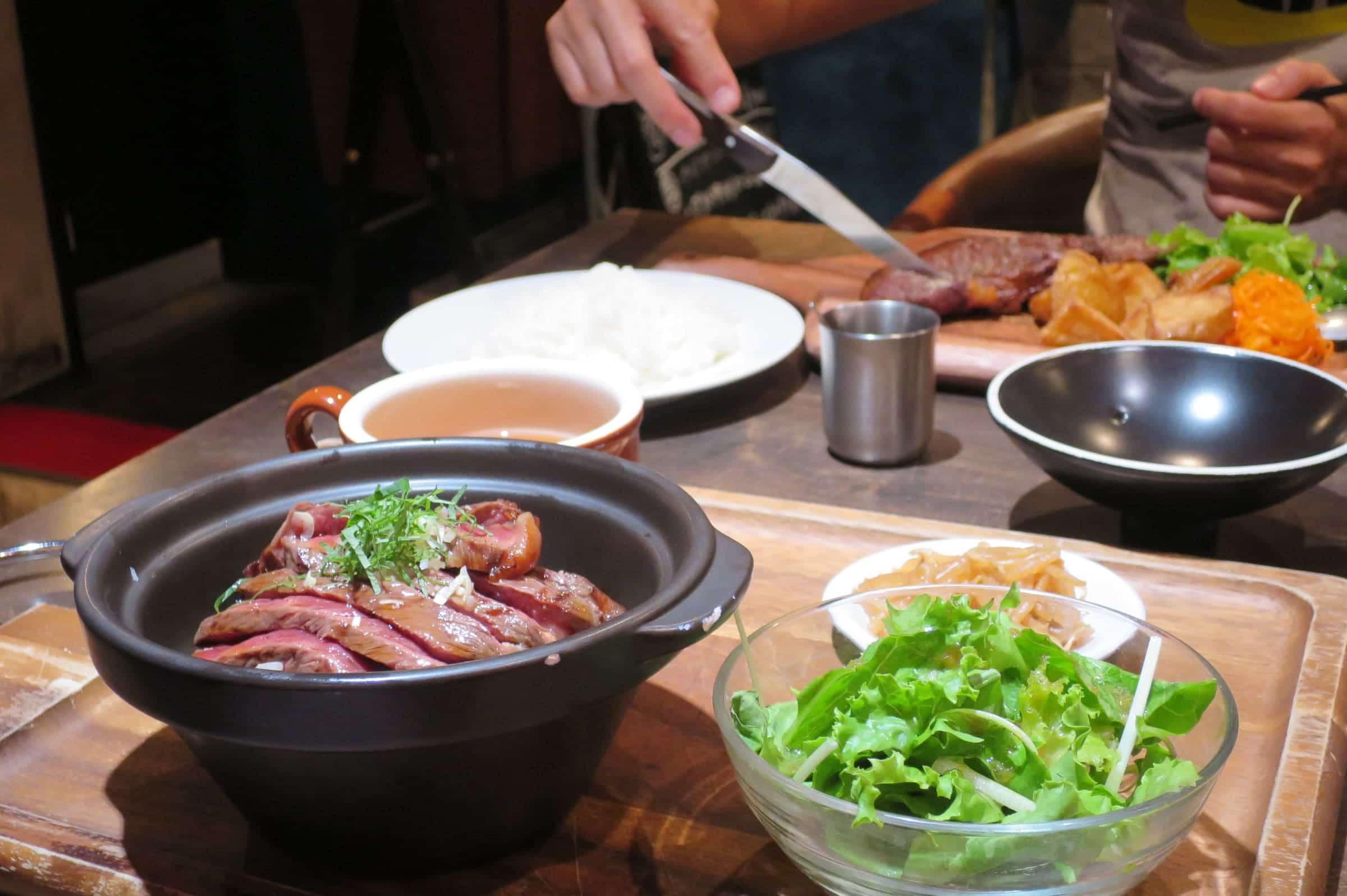 【美食推薦】京都四条河原町美食3選!蛋包飯、炙燒牛排丼、咖啡店精選推薦