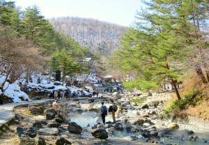 【群馬觀光】草津溫泉一日遊!交通+景點+美食總整理